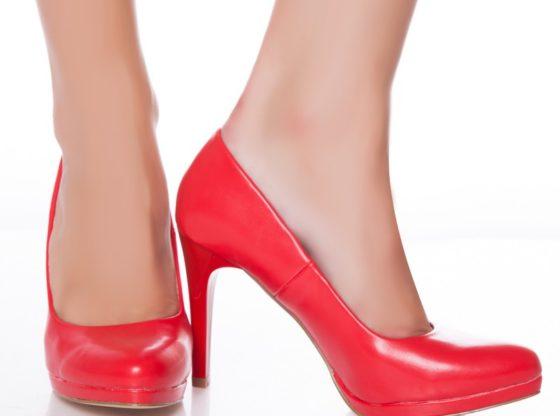 pantofi cu toc de dama